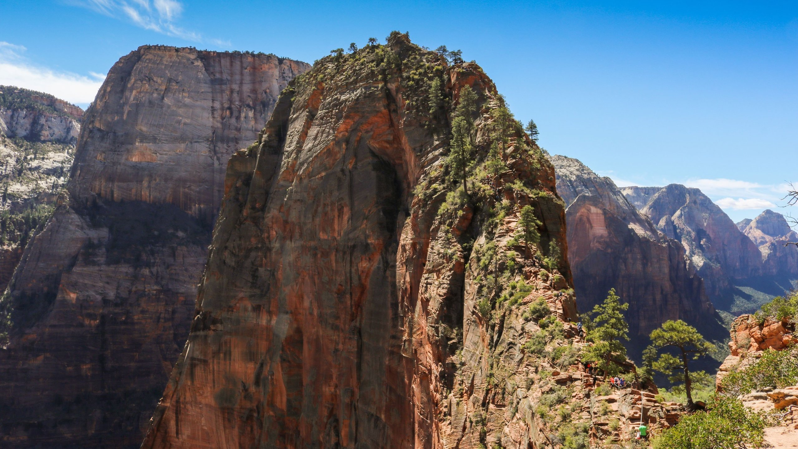 Hiker Found Dead After Suspected Fall At Utah S Zion National Park