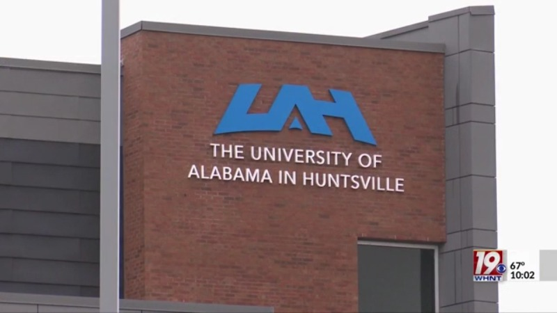 Uah Fall 2022 Calendar.Uah Announces Act And Sat Are Optional For 2021 And 2022 Whnt Com