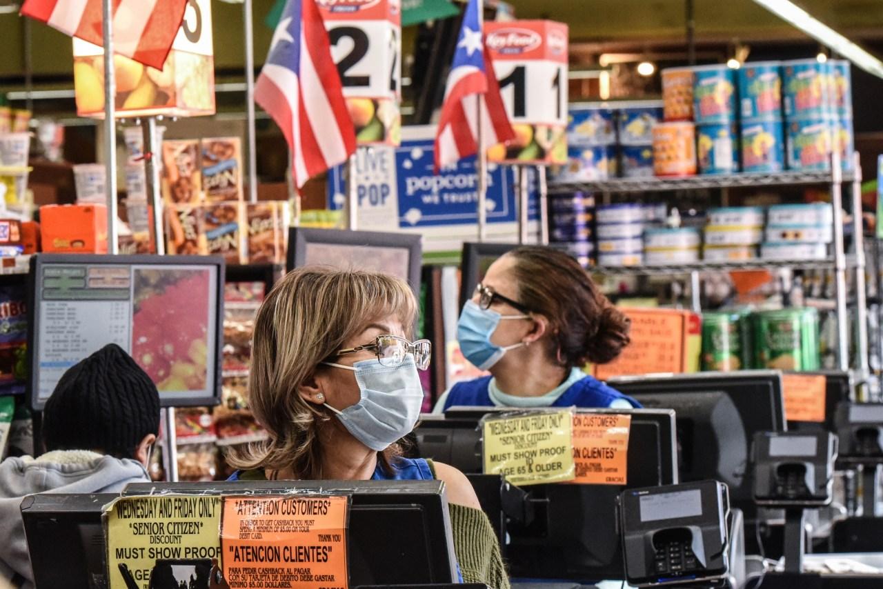 LIST: Walmart, Costco, Sam's Club, Trader Joe's to drop mask requirements