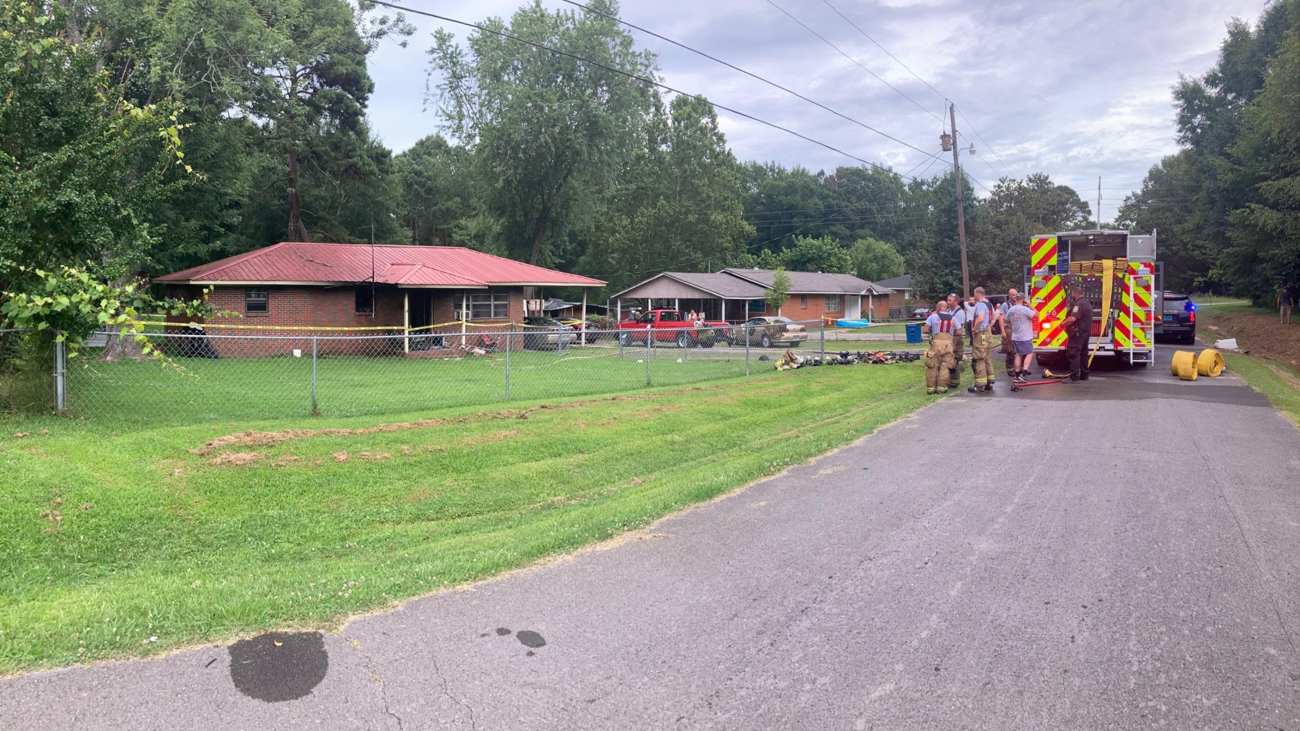 One person dead in Albertville fire on Richmond Avenue