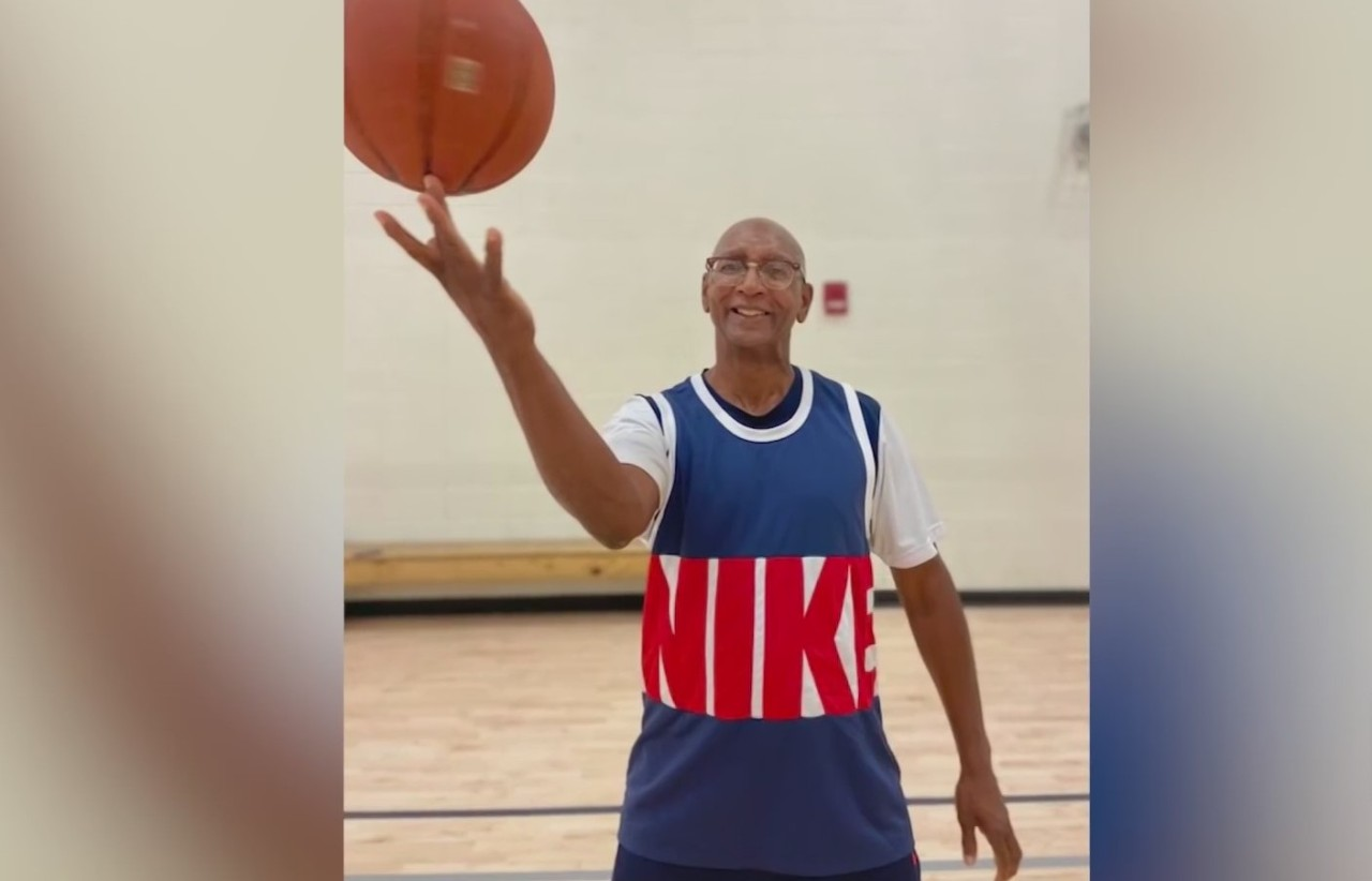 """Huntsville basketball rookie; """"Age is just a number"""""""